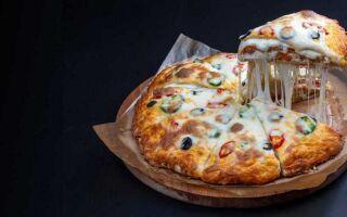 Как долго хранится пицца?