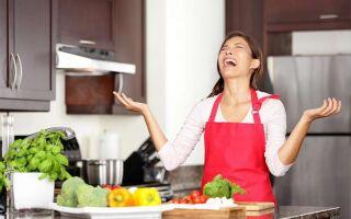 12 ошибок на кухне, которые быстрее портят ваши продукты.