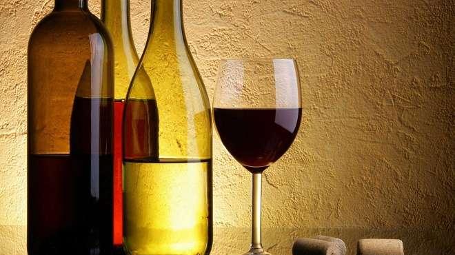 в чем хранить вино