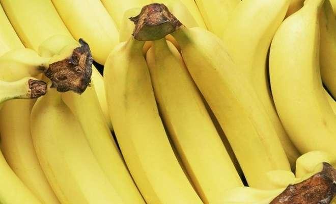 бананы в магазине
